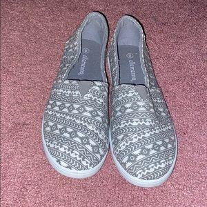 Cute Flat Closed Toe Shoes Size 8